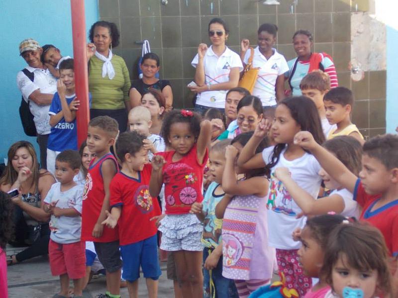 Visita crianças da CAPE ao Instituto Educacional Sete Anões